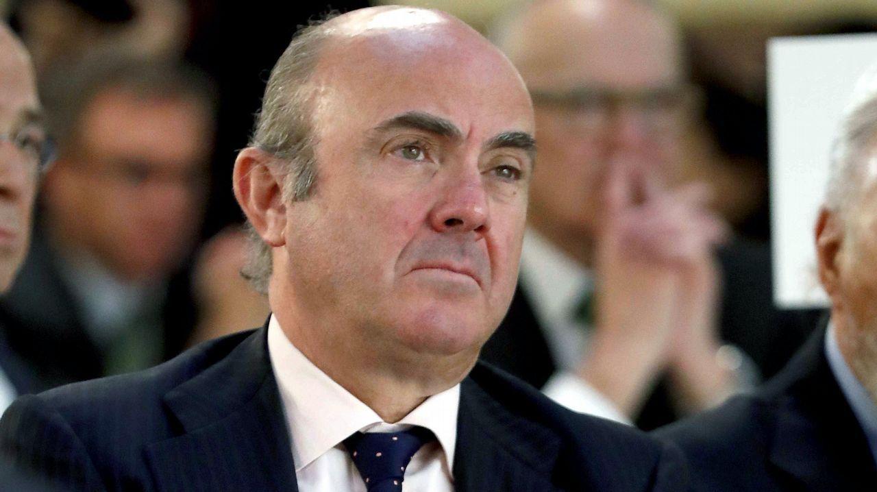 El controvertido ventilador de Rato.Luis de Guindos