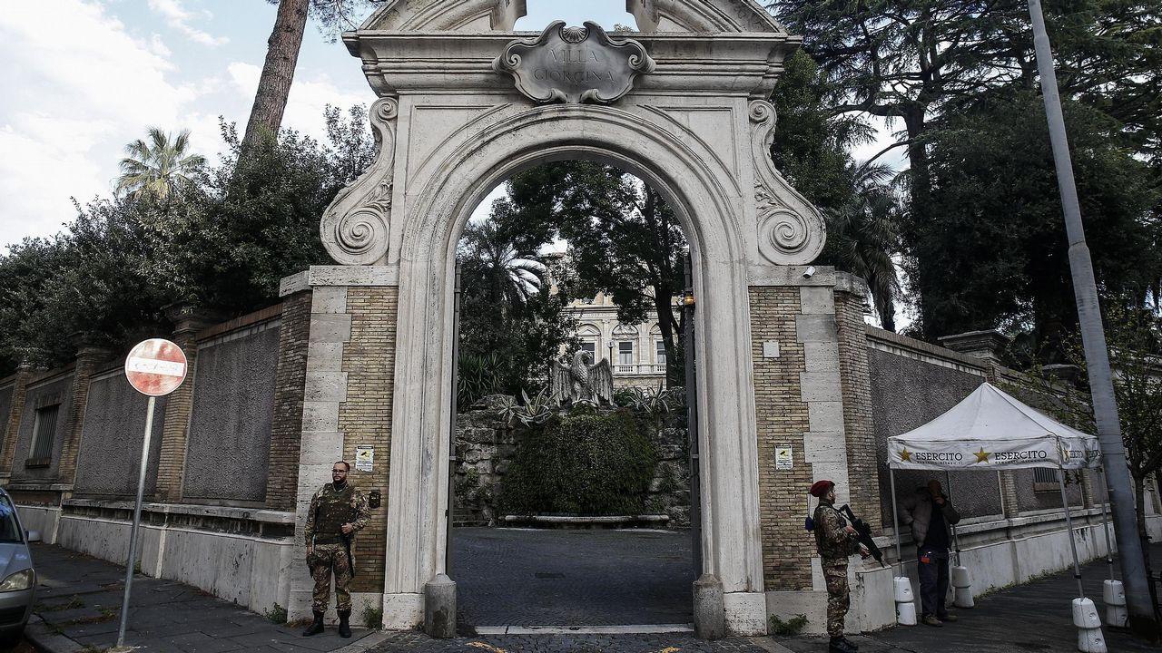Las otras reliquias de Santiago.Entrada de la nunciatura de la Santa Sede en Roma, donde se hallaron los restos humanos