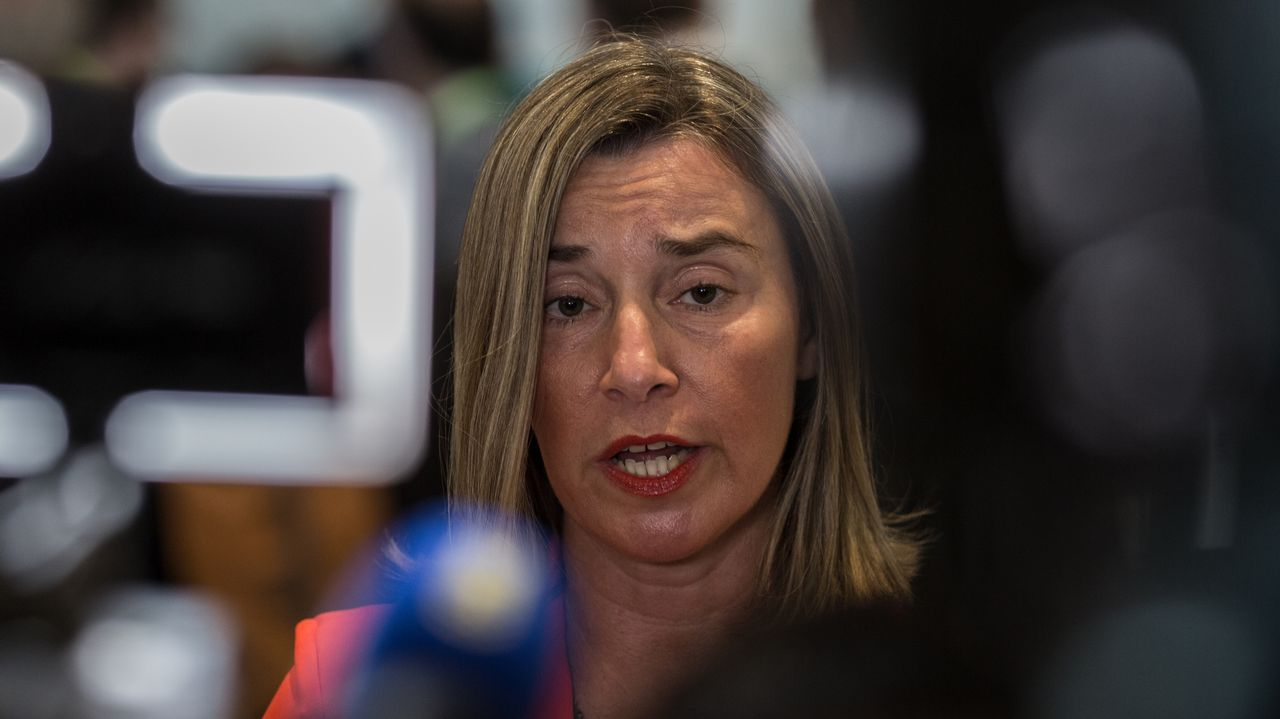 Venezuela se apaga.La jefa de la diplomacia europea, Federica Mogherini, cree que la expulsión del embajador alemán solo contribuye a la elevar las tensiones y socavar la salida política a la crisis