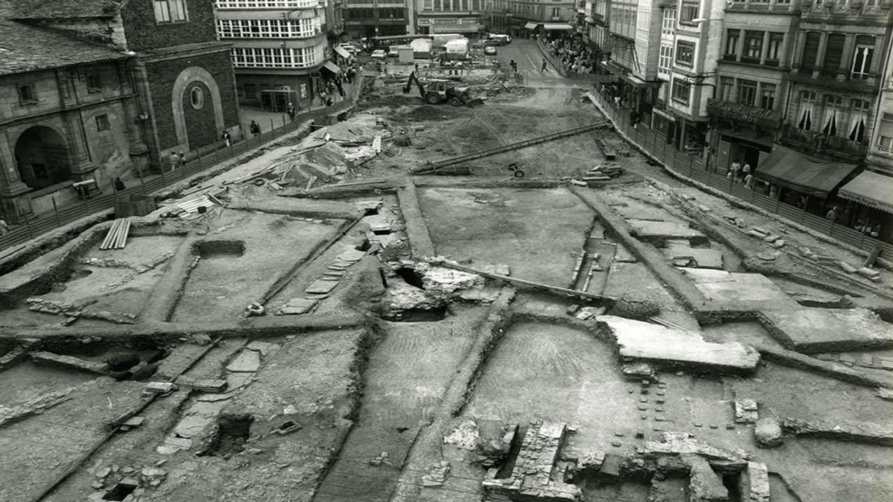 Imágenes de las excavaciones arqueológicas de los años 80