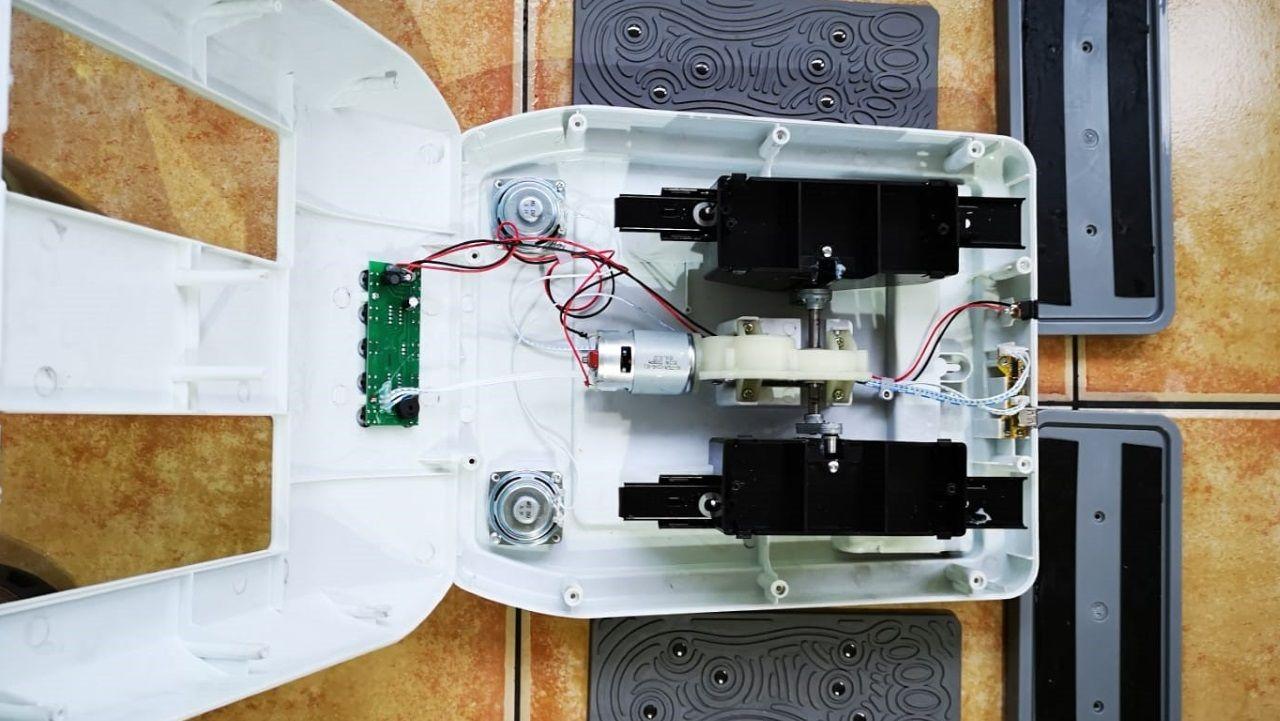 Uno de los aparatos de terapia magnética vendidos a personas mayores en Galicia