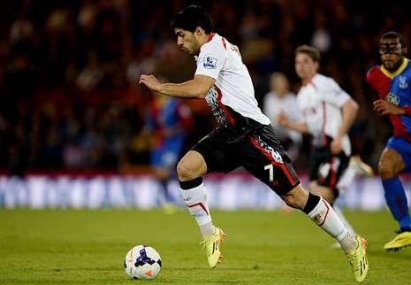 Etiqueta XXL 3.El delantero del Liverpool Luis Suárez ha completado una gran temporada con su equipo del que fue máximo goleador.