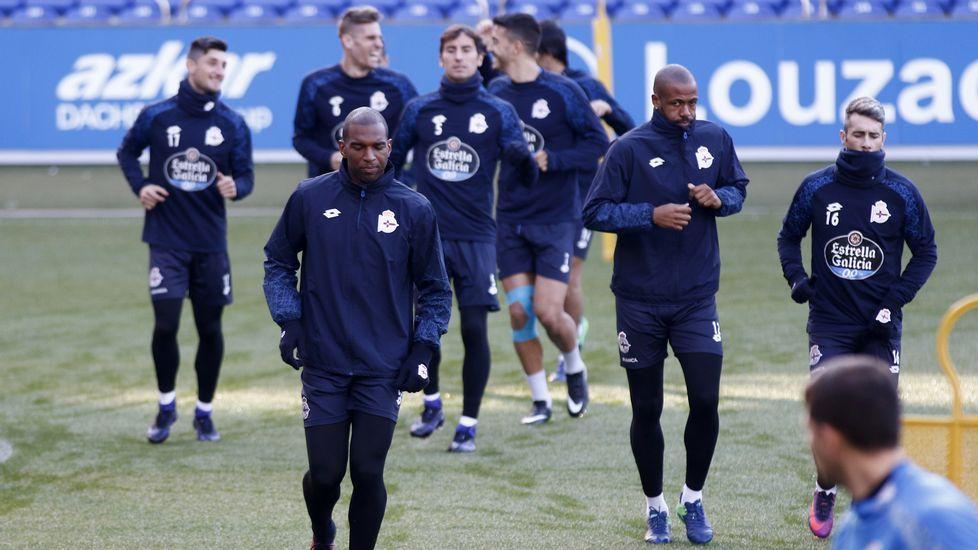 El Dépor prepara un plan ante la Real Sociedad.Borja Valle durante una sesión de entrenamiento en su etapa en el Real Oviedo