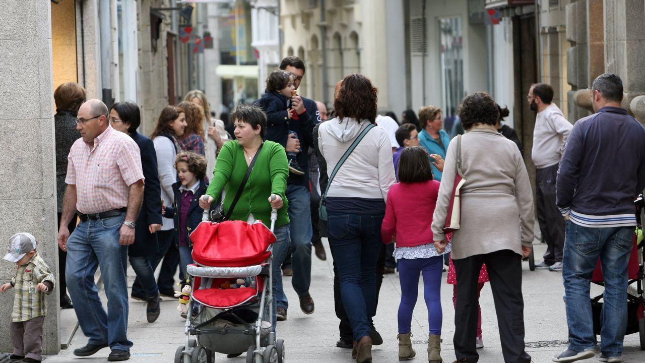 Miguel Bosé y su pareja se separan y se reparten a sus cuatro hijos.Marino González, director de Metrópoli