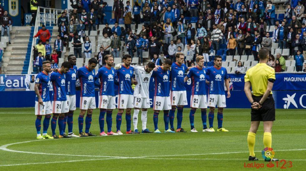 Anquela Carlos Tartiere Horizontal.Alineación del Real Oviedo ante el Córdoba