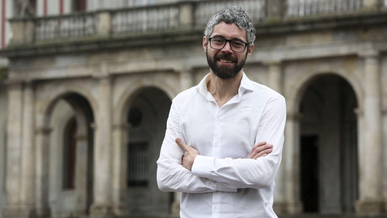 Pedro Sánchez presenta su plan de gobierno en el Congreso.Concentración que tuvo lugar ayer en el Valle de los Caídos