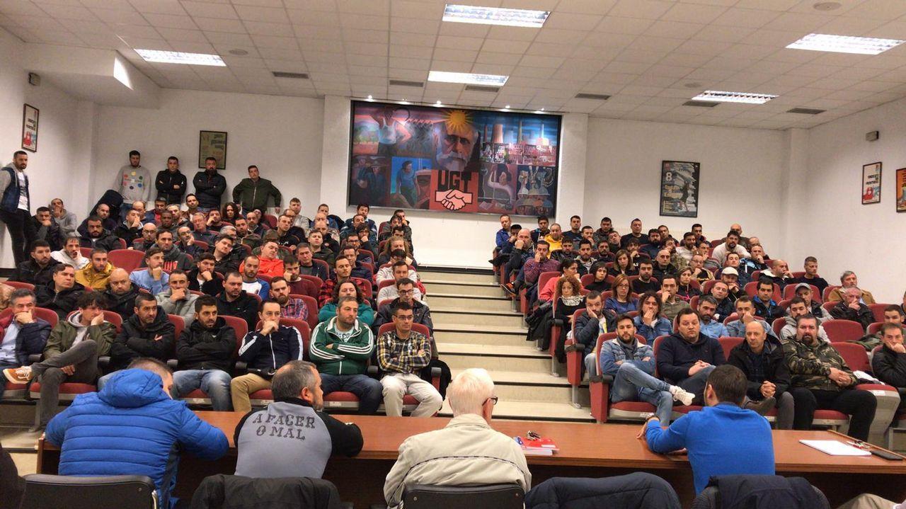 La manifestación de los trabajadores de las empresas auxiliares del naval, en imágenes.El ex secretario general del sindicato minero SOMA-FITAG-UGT, José Ángel Fernández Villa, a su llegada a dependencias forense de los Juzgados de Oviedo