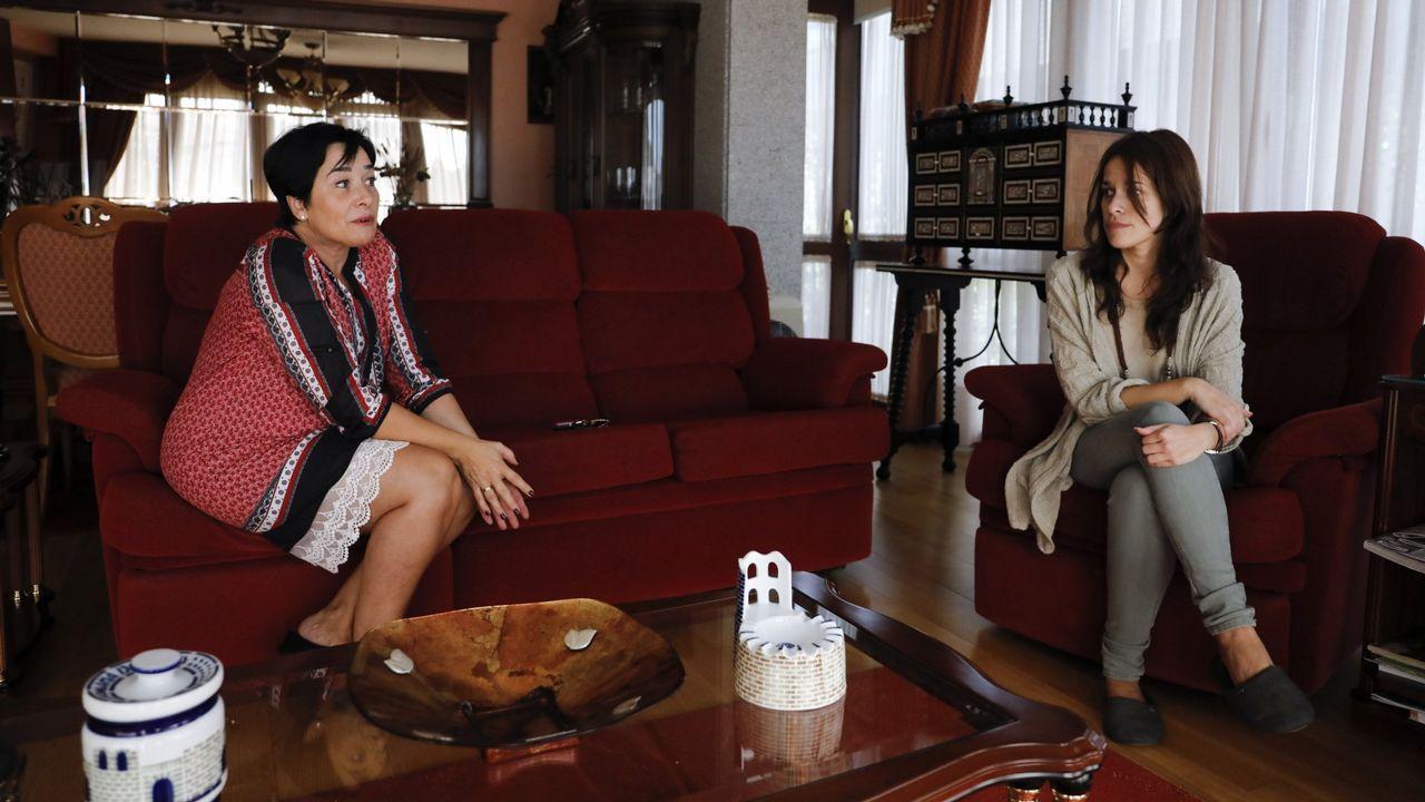 Madre e hija, Oga Díaz y Olga Matalobos, explicando en su momento cómo se produjo el robo en la casa
