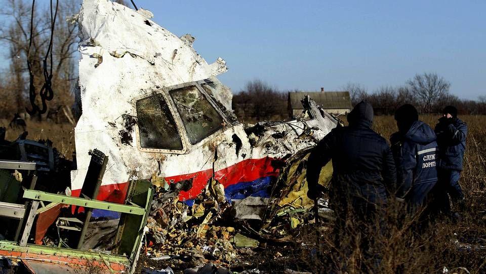 El petróleo, el 40 % de los costes del sector.Restos del vuelo MH17 que fue derribado por un misil en Ucrania