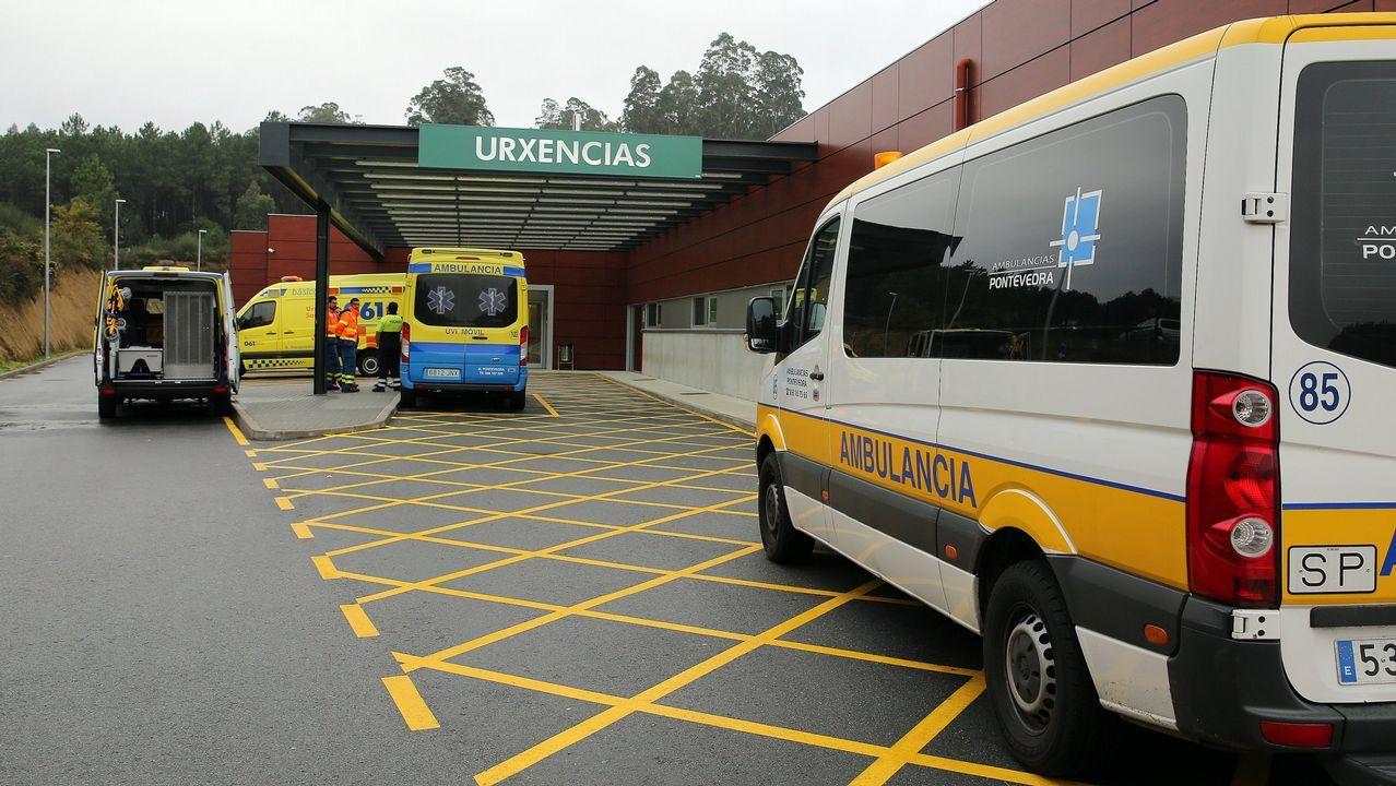 Una vuelta a Galicia en bici y monopatín para dar visibilidad a las enfermedades intestinales .Área de urgencias del Hospital do Salnés