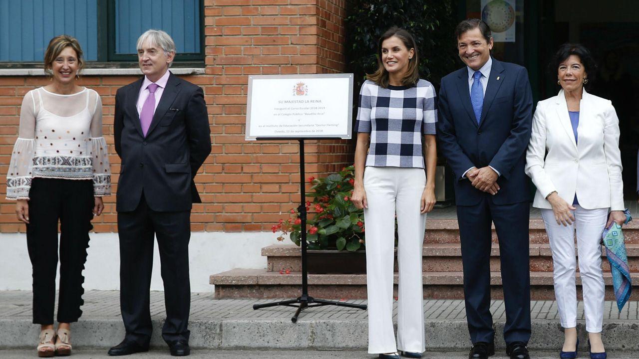 La reina Letizia y el presidente del Principado inauguran el curso escolar en el Baudilio Arce