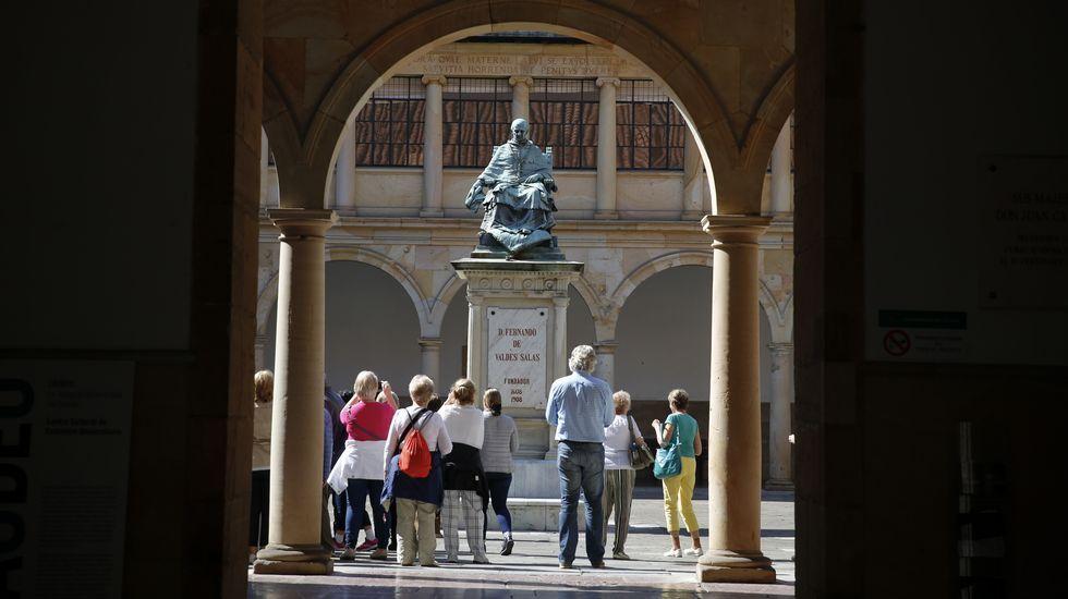 .Patio del Edificio Histórico de la Universidad de Oviedo