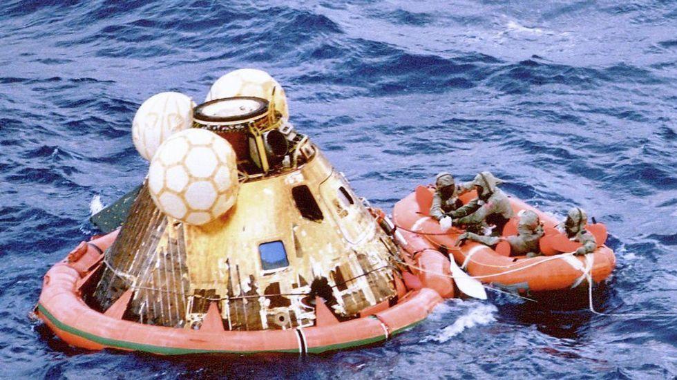 Amaraje del Apolo 11 el 24 julio 1969 en el Pacífico