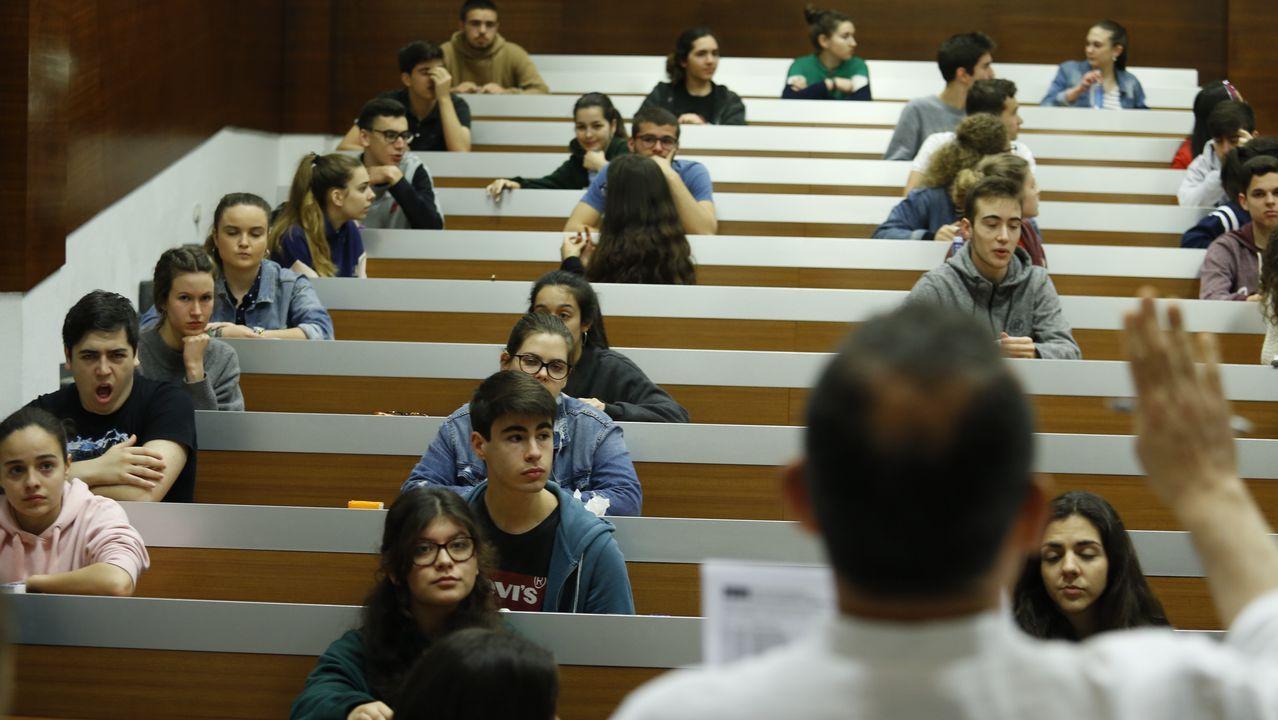 Harvey Weinstein, García Márquez y la generación del 98 inauguran la selectividad en Galicia.