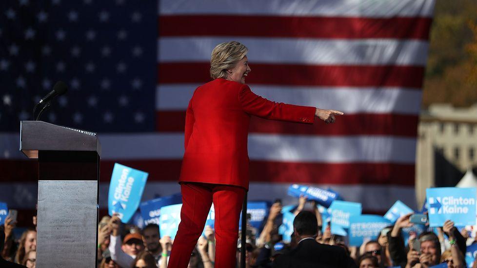 Los jóvenes americanos que viven en Galicia apuestan por Hillary.Seguidores del partido republicano