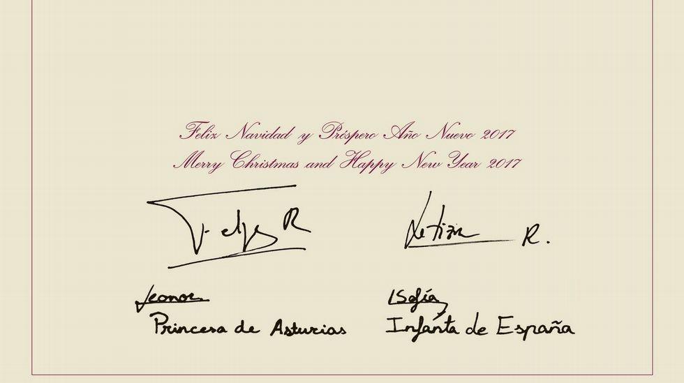 La felicitación de los Felipe VI, Letizia y sus  hijas.