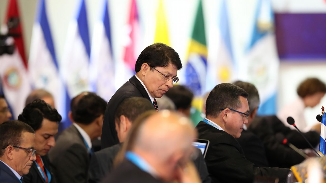El anuncio de cerrar Endesa crea mucha incertidumbre en As Pontes.El canciller de Nicaragua, en la IV Reunión de Ministros de Relaciones Exteriores de la Conferencia Iberoamericana