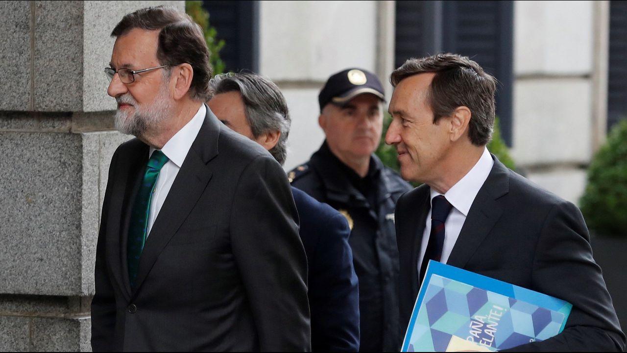 Mariano Rajo llegando al Congreso de los Diputados momentos antes de la moción de censura.