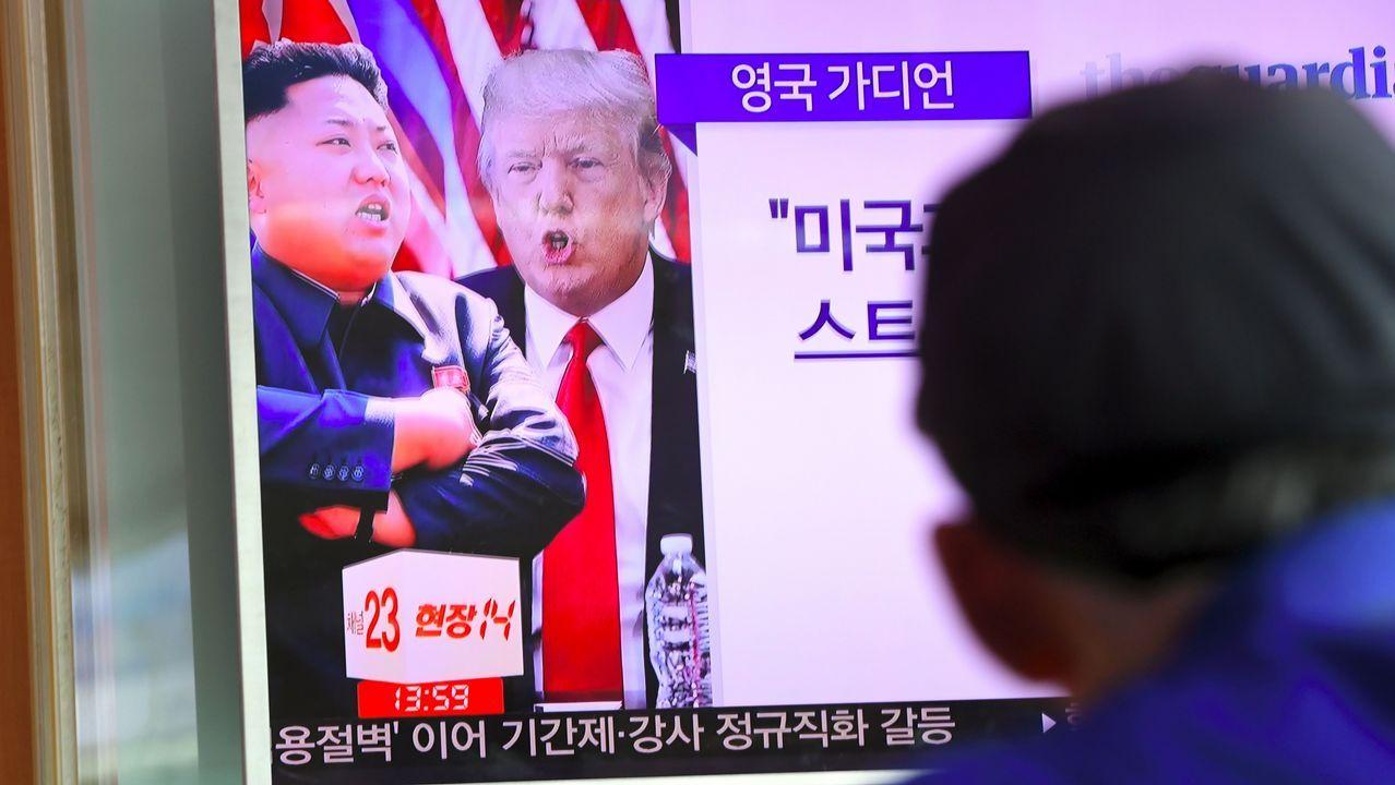 ¿Qué hace un habitante de Guam en Carballo?.Soldados norcoreanos en Pyongyang