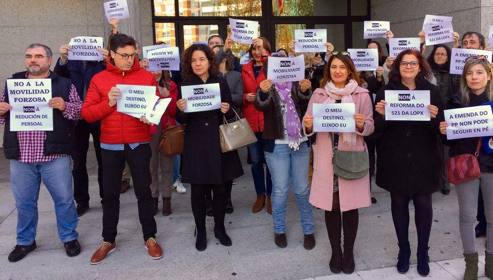 La manifestación contra el machismo en las aulas en imágenes
