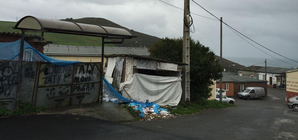 En la situada en Campanario no para el bus urbano.