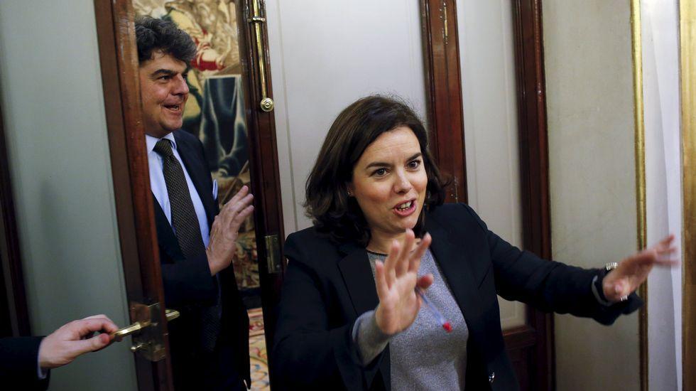 Esperanza Aguirre dimite como presidenta del PP de Madrid.Una imagen de Esperanza Aguirre y Cristina Cifuentes conversando durante la reunión de la Junta Directiva del PP regional celebrada el mes pasado