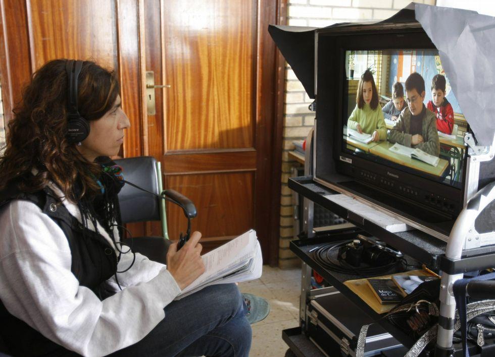 Laura Gárdos supervisando a rodaxe.