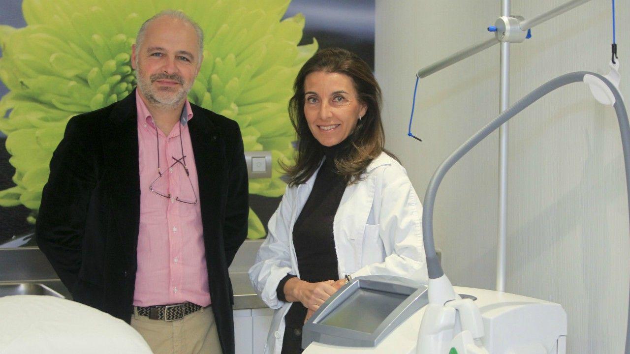 Dr. José Ferreras y la Dra. Fernández.