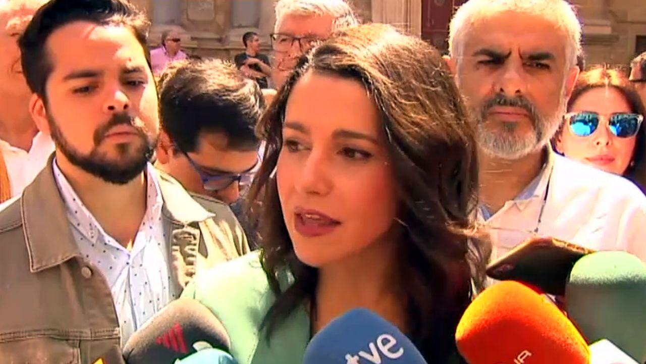 Arrimadas ve «preocupante» que Pedro Sánchez «confunda» Cataluña con Torra.Los hermanos Roca, en A Coruña, en una imagen de archivo