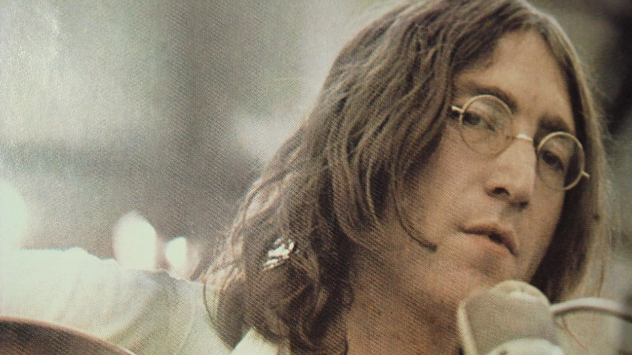 «Imagine». La canción de John Lennon fue criticada en Pakistán por considerar que su letra, que sugiere un mundo sin religiones, fomenta el ateísmo.