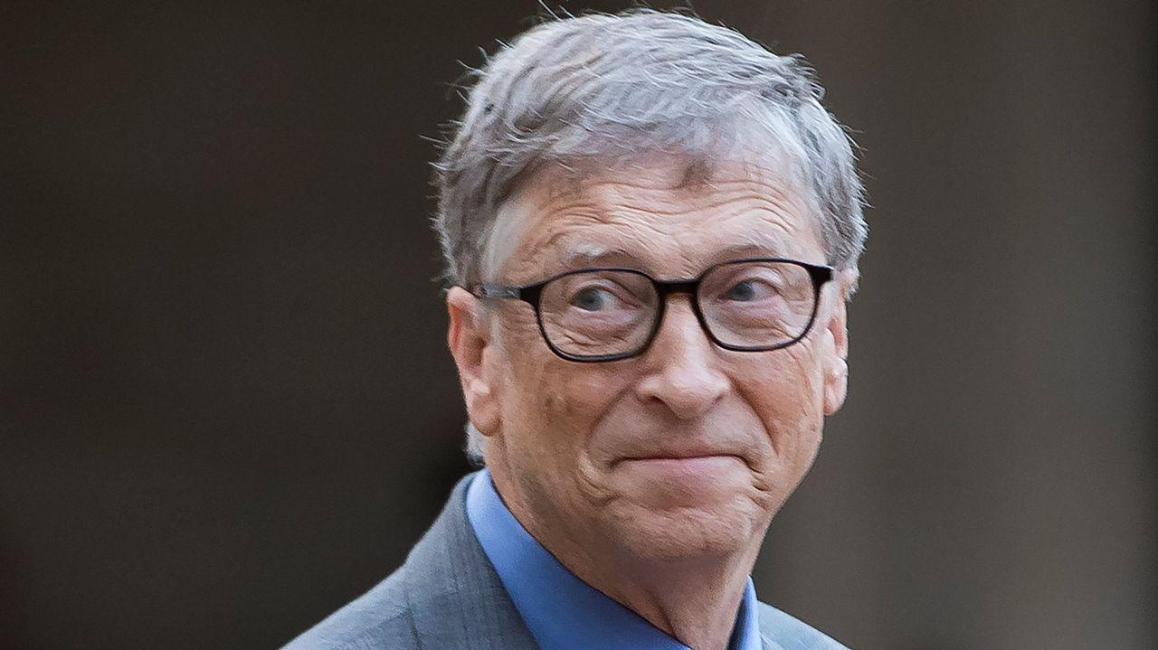 BILL GATES (MICROSOFT). Fortuna de 86.000 millones de dólares. La Fundación del dueño de Microsoft centra sus esfuerzos en el desarrollo agrícola, la pobreza y la creación de escuelas y bibliotecas.