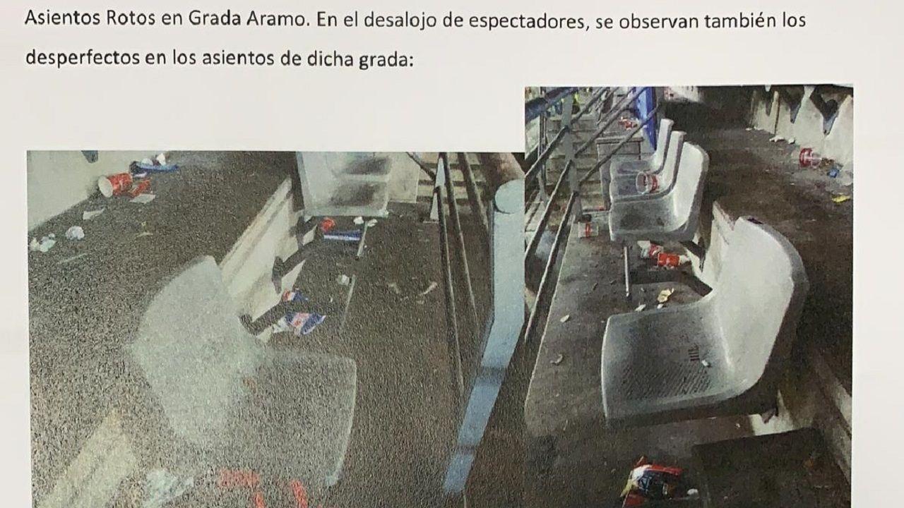 banderas aficion Carlos Tartiere Real Oviedo.Asientos de la zona visitante del Carlos Tartiere tras el derbi de noviembre