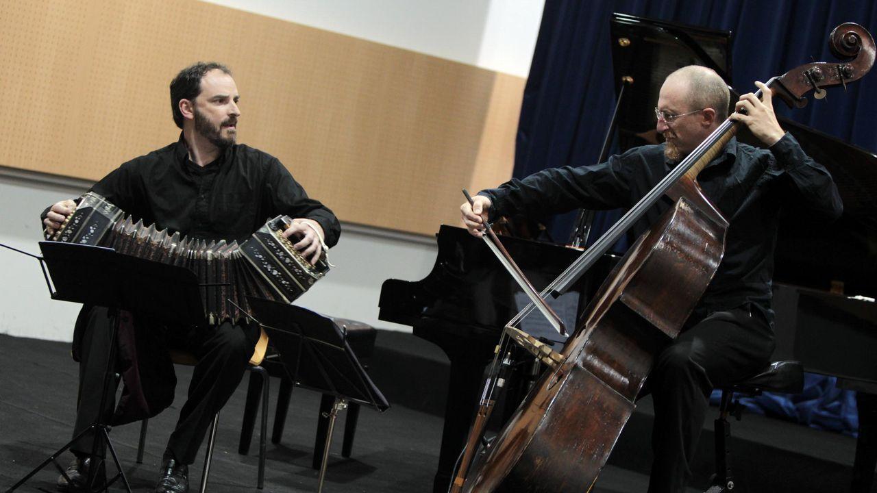 Así suena la Old Timers Jazz Band de Praga.Toys «R» Us cierra