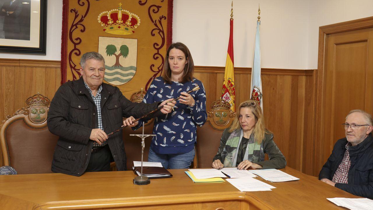 Toma de posesion nueva alcaldesa de tordoia ines santos- video