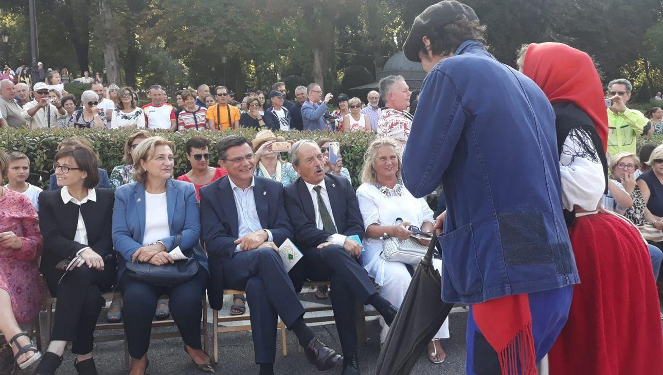 Personalidades políticas en el Día de América en Asturias 2018