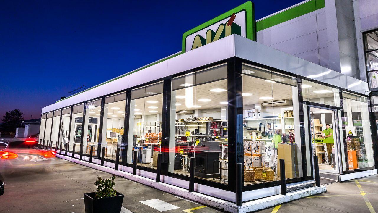 El sistema de arquitectura industrializada desarrollado por Emsamble no se limita a uso residencial, sino que también está orientado a hoteles, oficinas o tiendas. En la imagen, la ampliación de la tienda de Aki acometida en O Porriño.