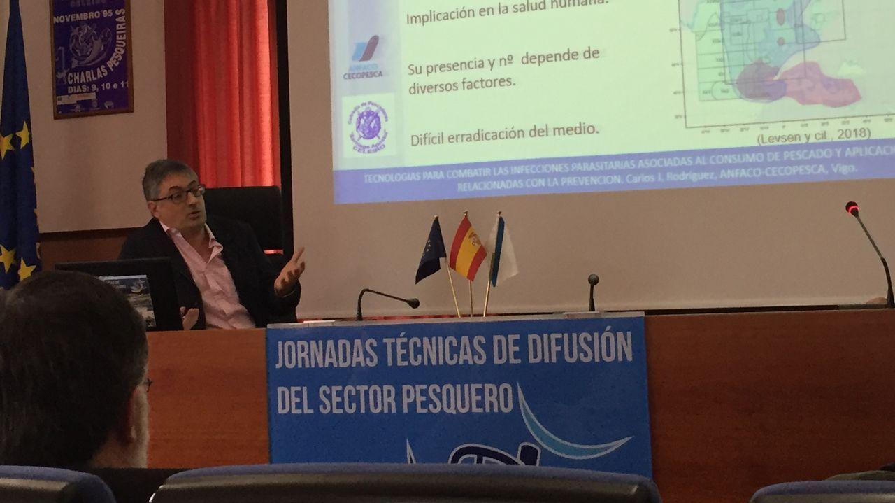 Carlos Rodríguez, de Anfaco-Cecopesca, recalcó en Celeiro que el pescado «es sano y saludable»