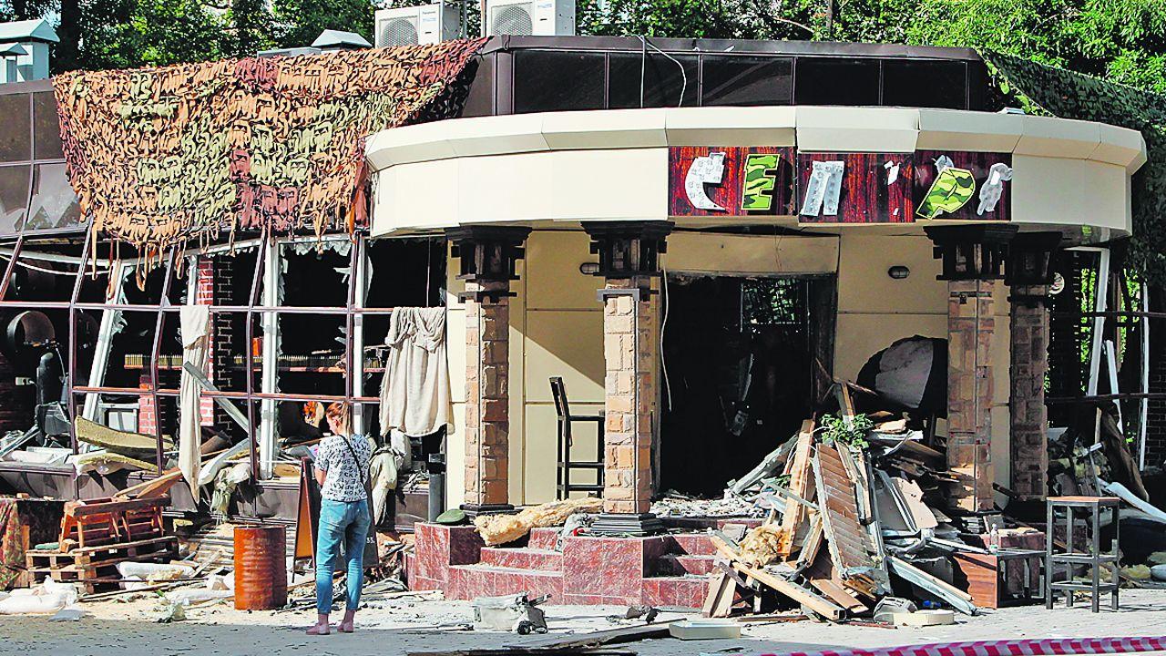.La cafetería donde se produjo la explosión quedó completamente destruida