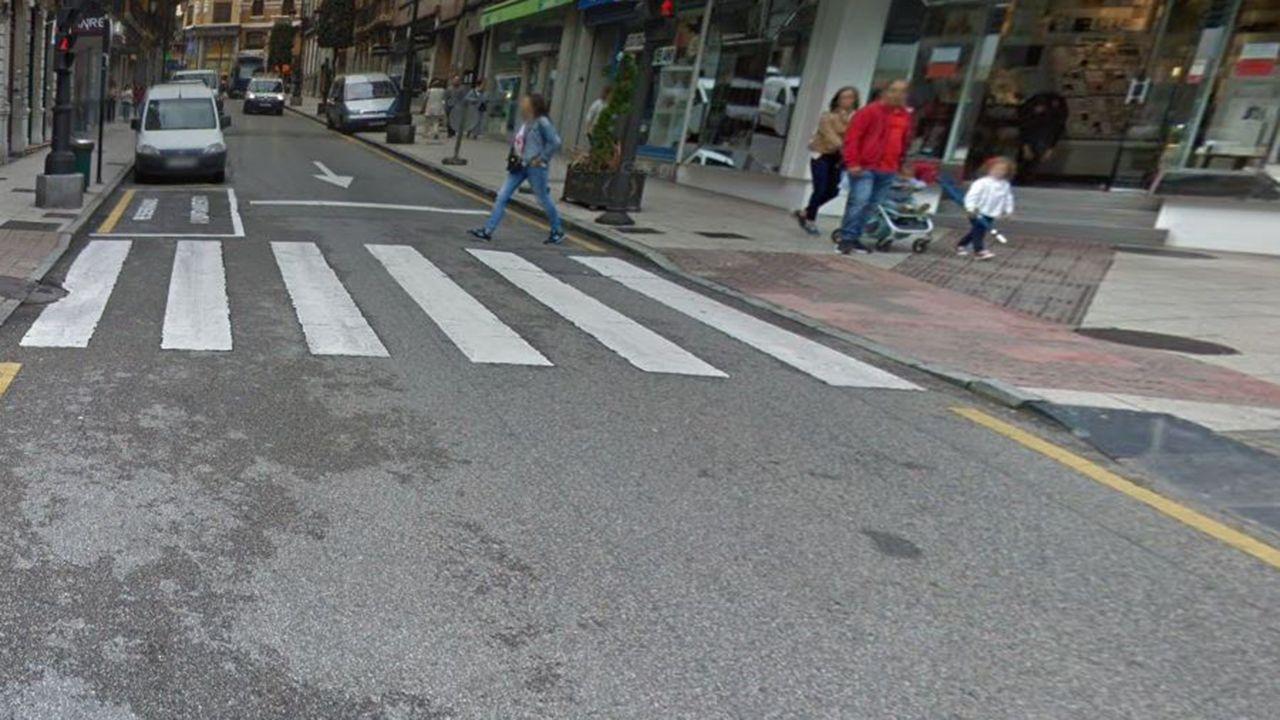 Paso de peatones en la calle Fray Ceferino