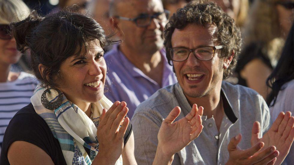 Susana Díaz pide a Pedro Sánchez que no le haga elegir entre el PSOE y Andalucía.Carrizosa dice que los pactos que cierre Ciudadanos serán públicos y transparentes.
