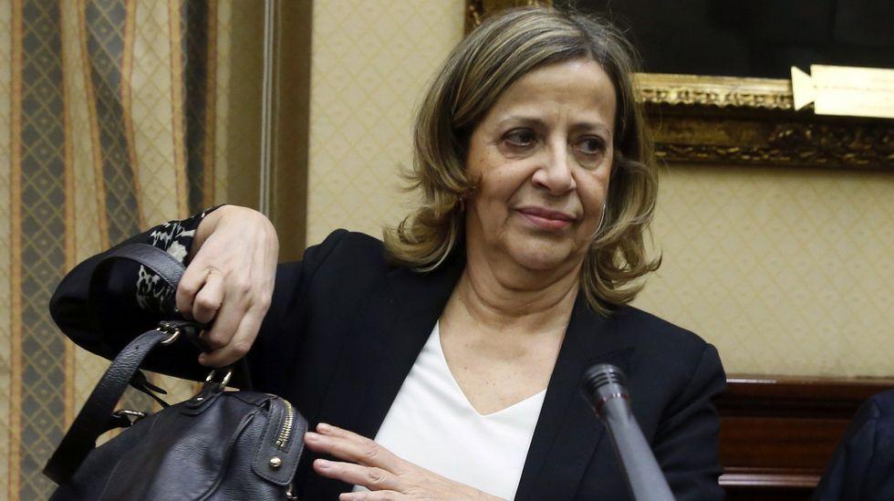 Esperanza Aguirre rompe a llorar.Francisco Álvarez-Cascos y Rodrigo Rato
