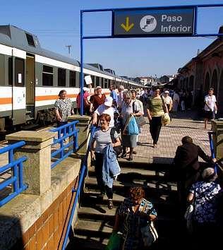 El área mejoraría las comunicaciones por tren con Vigo | VÍTOR MEJUTO