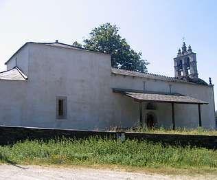 A actual igrexa de Calvor foi edificada no século XIX   penoucos