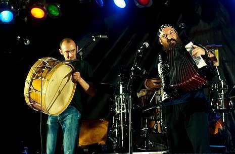 El grupo Os Cempés actuará el martes 14 en el festival folk As Nosas Músicas de Couso.