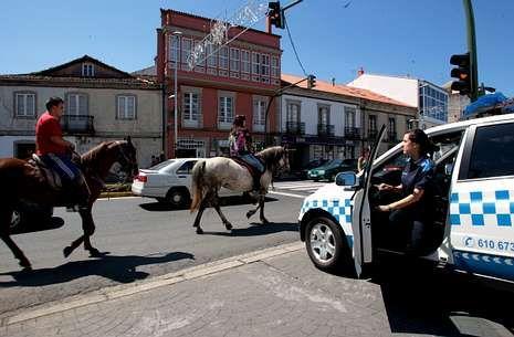 La Policía Local de Melide está conformada habitualmente por un total de cuatro agentes.