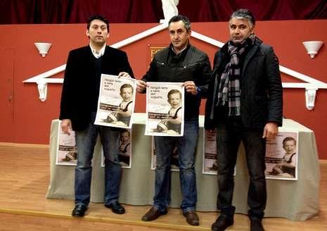Técnicos y miembros de la organización presentaron el partido.