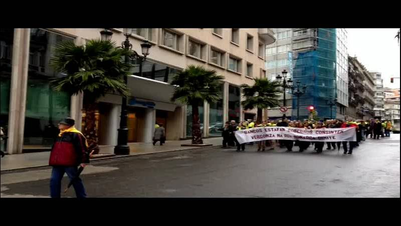 Los afectados por las preferentes recurren a Chanquete para sus protestas