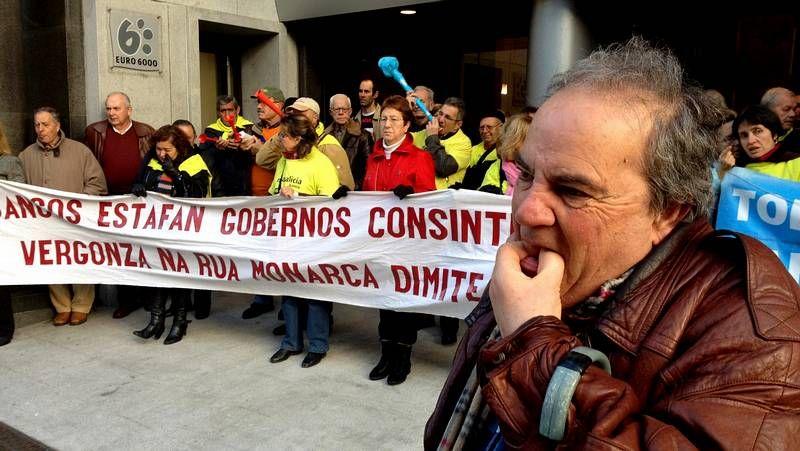 Bocinazos contra las preferentes en Vigo