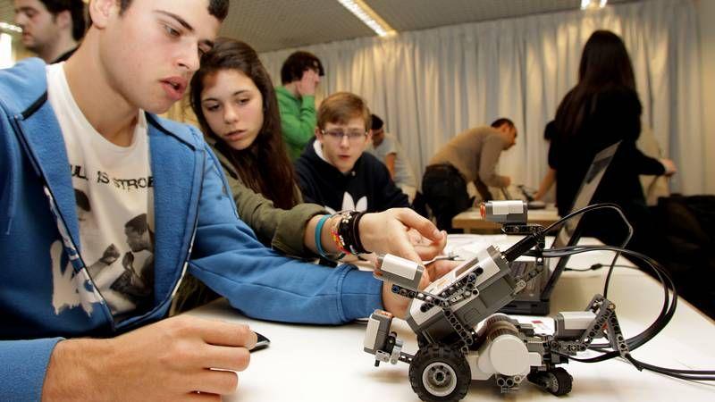 Concurso gallego de robótica en A Coruña