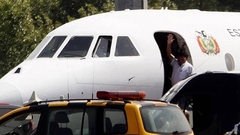Morales no permitió que el embajador de España subiese a su avión